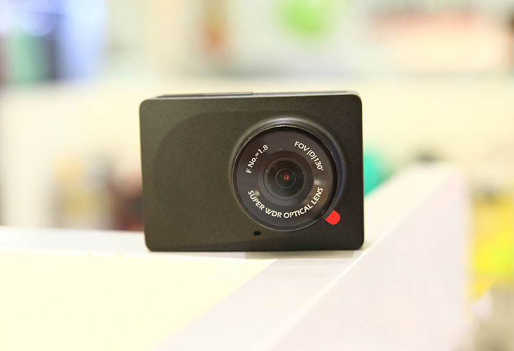 Camera-hanh-trinh-tot-nhat-cho-oto-1